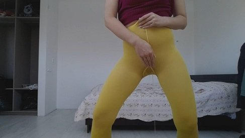 [2019] Thefartbabes - Yellow Tights Slap Messy [307 Mb / HD-720p]