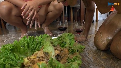 Dinner with a special flavour – Alana, Manuela, Jaqueline HD-720p