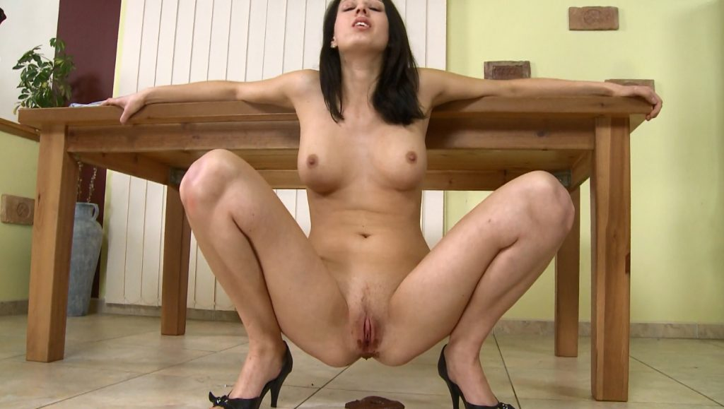 SG solo scat girls – Gina