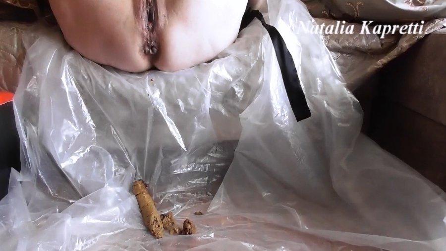 Mistress Natalia Kapretti – Learning and train eat my shit