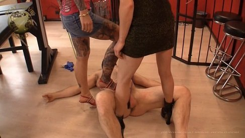 Scat Movie World – Lady Chantal, Miss Jane – Swallowing, eating, swallowing! (ger)