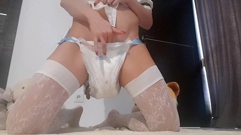 Thefartbabes – Little Nasty Girl Diapered