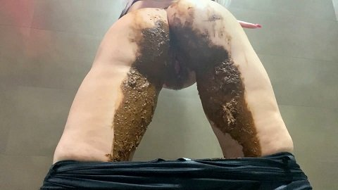 Thefartbabes – Shiny Leggings Poop (27.05.2020)