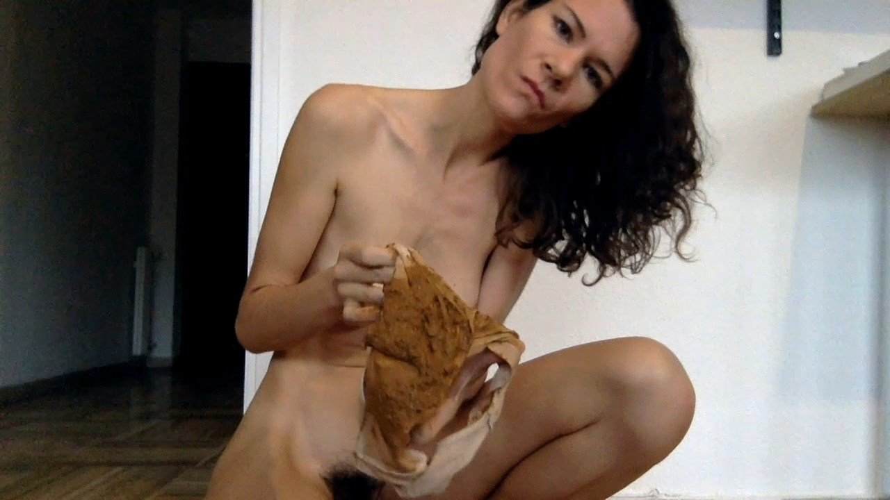 NastyMarianne – Morning Load in Panty With Nasty Marianne