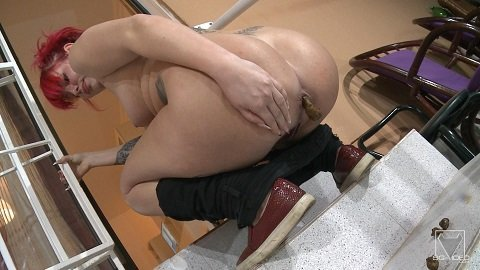 Solo Scat Girl Stonmy – The Extreme Bitch