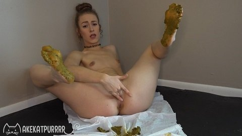 6.28.2020 MakeKatPurrrr – Dirty Foot Cum