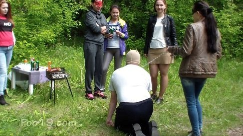 MilanaSmelly – Married man toilet at the hen party (Poo19.com) Femdom Group Outdoors Domination