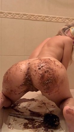 Lick my ass (21.10.2020) $17.99 (Premium user request) Lily