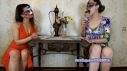 ModelNatalya94 – Carolina and Alice eat their poop FHD-1080p