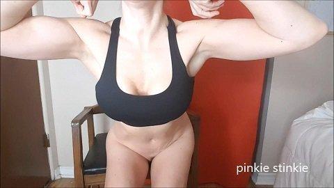 Pinkie Stinkie – Flex'n'shit worship my muscular shit
