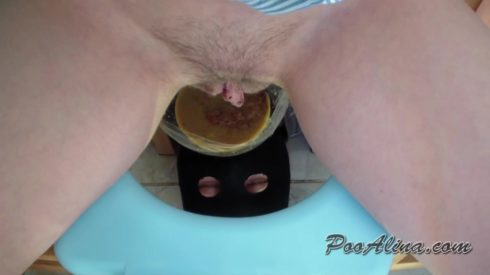 Alina_pooping_in_mouth_of_a_toilet_slave_with_shit_and_diarrhea_with_a_fart.mp4.00002.jpg
