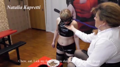 Balanced_nutrition_of_slave_girl__fruit_with_shit.mp4.00003.jpg