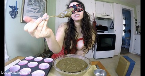 Baking Poop Muffins … Eat Them All, Slave (LoveRachelle2.com in 4K UHD) $33,99 (Premium user request) by LoveRachelle