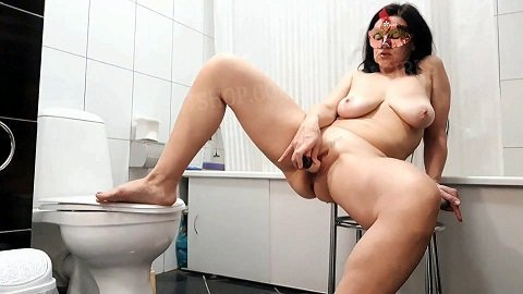 Tatyana masturbates and poops in the morning (ScatShop.com December 1 2020) $26.99 (Premium user request) by Svetlana