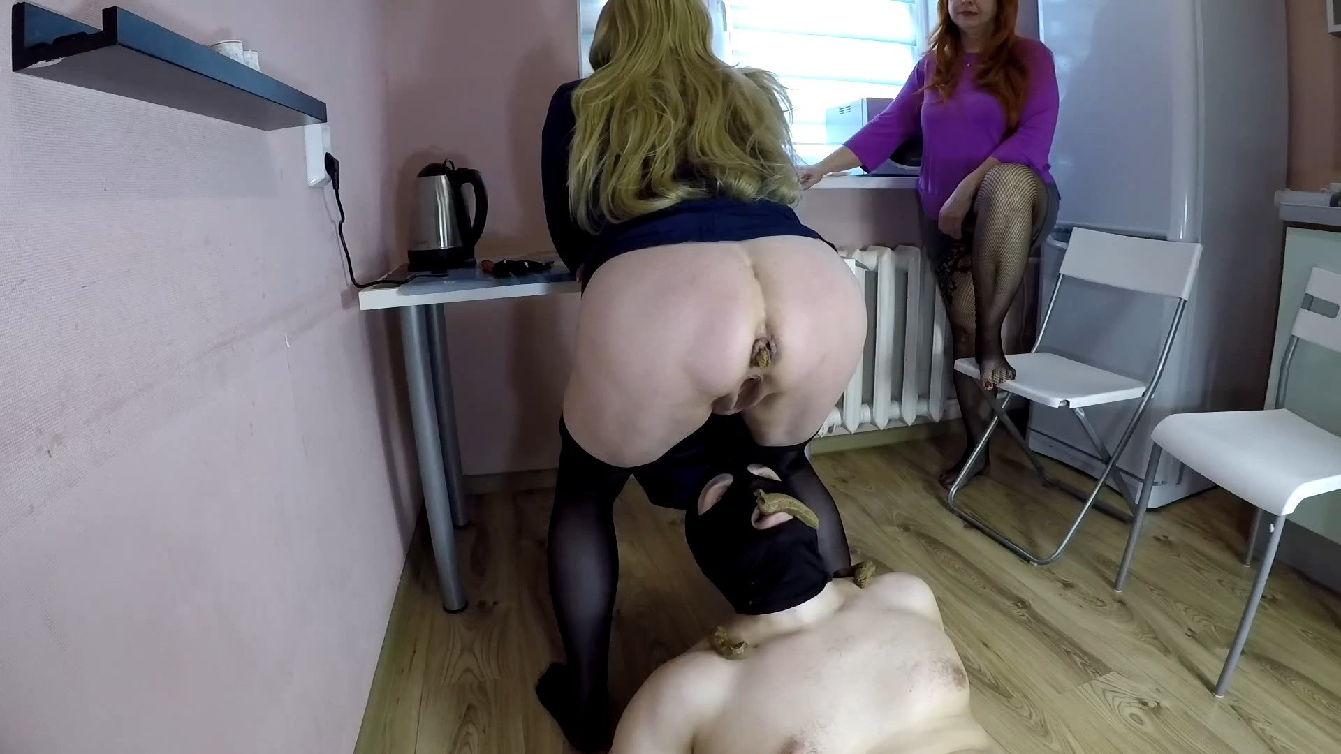 Annalise – Power of Smelly Shit