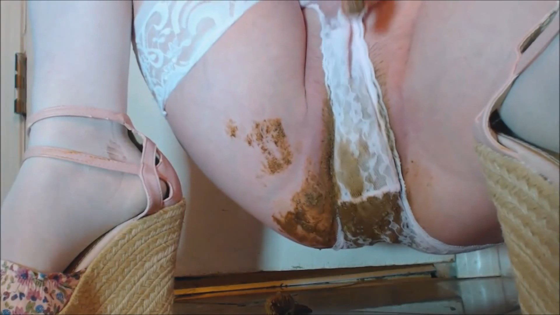 CosmicGirl – Three Super Dirty Panty Shitting Clips