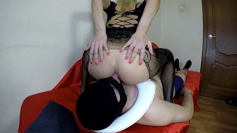 Ass To Mouth (yezzclips.com) 23,99$ (Premium Request) by Mistress Emily
