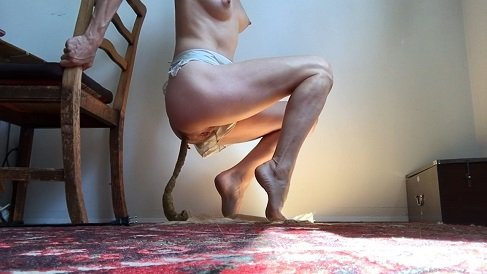 RosetteWilliams – Playing in French Knickers before dropping a 14 inch Snake