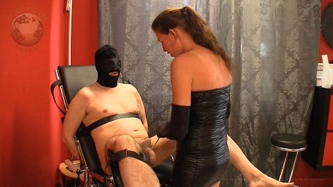 Scat Movie World – Gyn Chair Torture