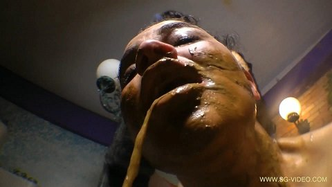 Enormous Scat Extreme Swallow By Top Girl Julya De Large (SG-video.com) 37,99$ (Premium Request)