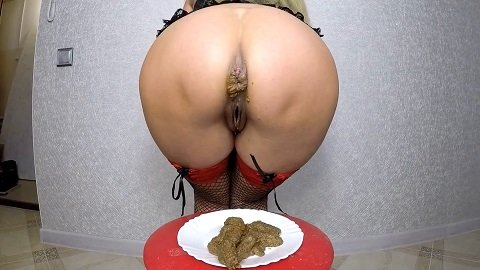 Poop on the Plate (16.02.2021) 18,99$ (Premium Request) via Scatdesire