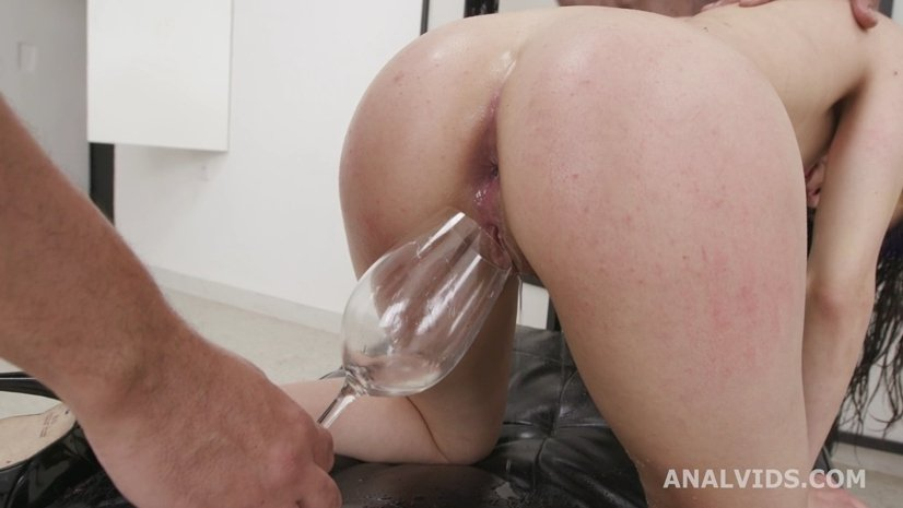 Francesca Palma Dominated and Pissed by 3 BBC, Balls Deep Anal, DP, Gapes, Tons of Pee Drink, Creampie and Facial 27.03.2021