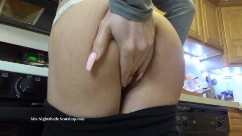 Copro.Pw_-_Esperation_Poop_Scat_Pussy_Play_Orgasm.mp4.00000.jpg