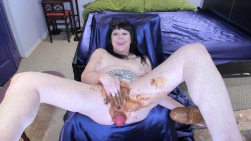 Poop Pussy Fuck – Dirtygardengirl Smearing