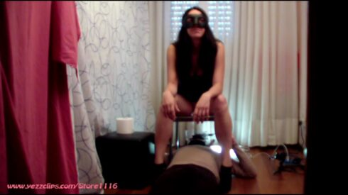 The_Skygirls_-_My_Friend_Sara_Likes_To_Shit_On_The_Slave_Too.mp4.00001.jpg