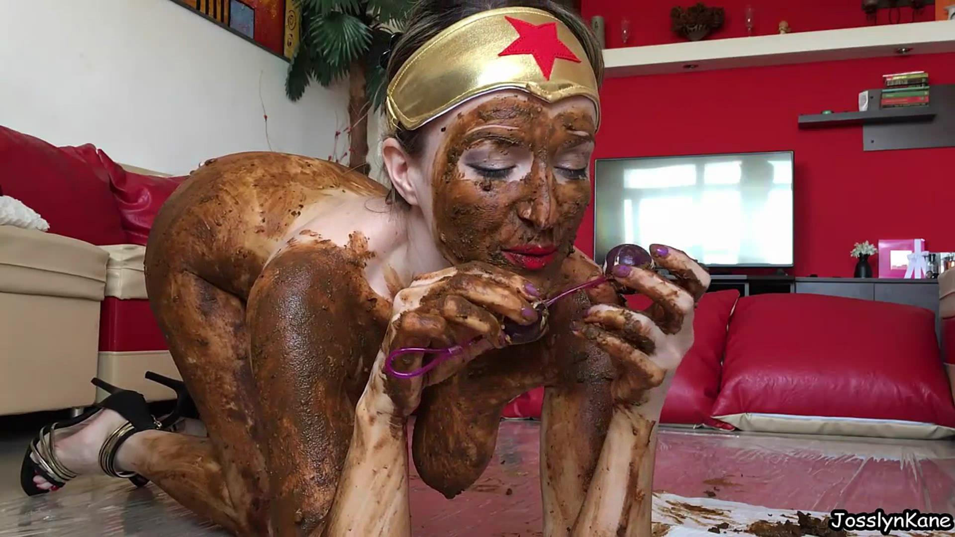 WonderWoman is a DirtyWoman starring in video JosslynKane