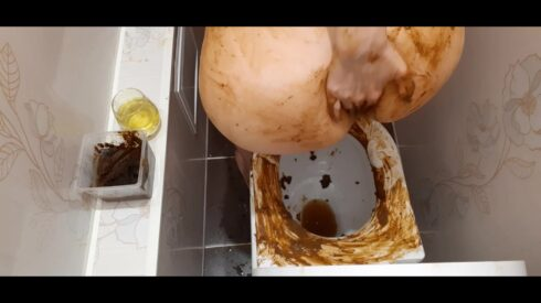 Dirty Toilet Part 1 - ScatLina 00003