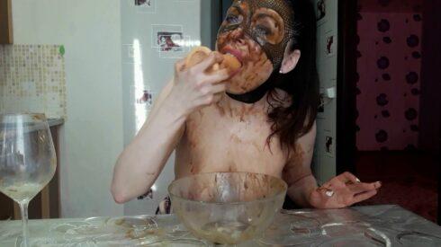 I Eat Shitty Womit Part 2 - ScatLina 00002