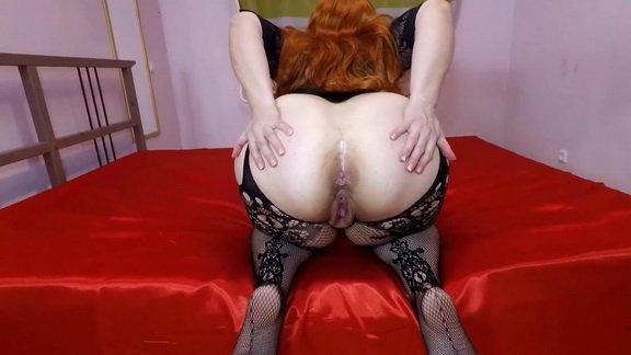 Mistress Annalise – I Pooped on Toilet Slave ($11.99 ScatShop)