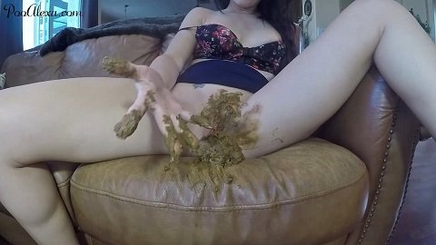 Watching Porn Shitting On The Couch (Premium Req-st $34 with Poo Alexa) 28.05.2021