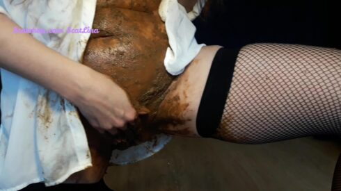 Shitty Panties In My Dirty Pussy - ScatLina 00003