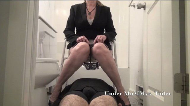 UnderMuMMysToilet – Be A Good Toilet and Flush It All Down