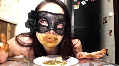 Xtreme Scat Breakfast Real Swallow By Top Babe Lina (SG-Video) - ScatLina 00003