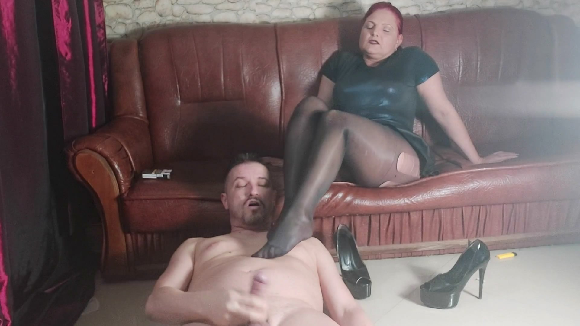 Mistress Andreea pantyhose and full kaviar swallowing starring in video GoddessAndreea ($31.99 ScatShop) –  Groups/Couples