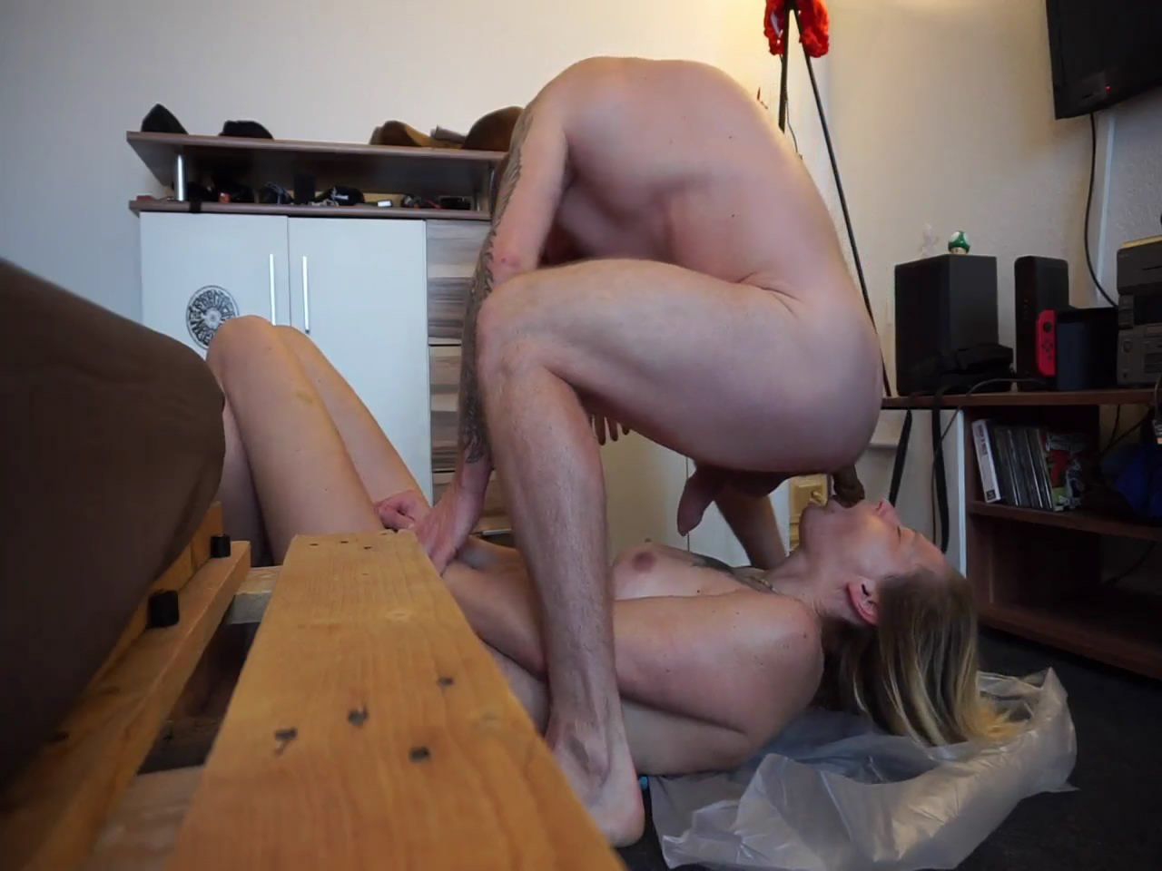 Thick sausage in the mouth starring in video scatsusan –  vomiting