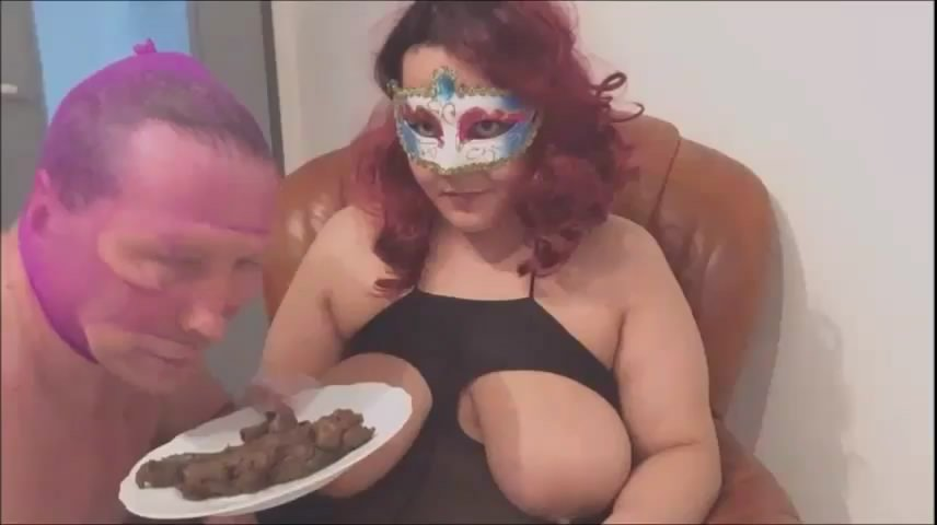 slave sniffs and licks my shit starring in video MISTRESS-PERVERSE ($14.99 ScatShop) – Smearing