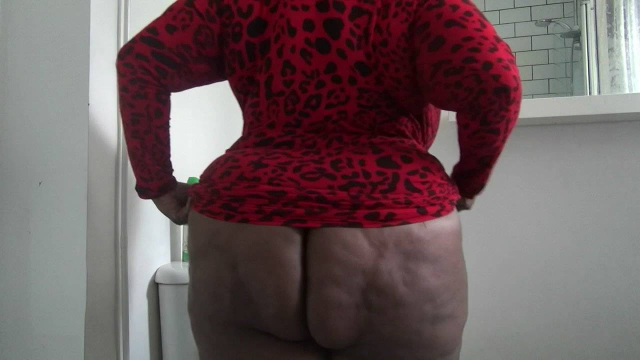 Clean my shity ass starring in video MadameCaramel ($13.99 ScatShop) – Toilet Slavery