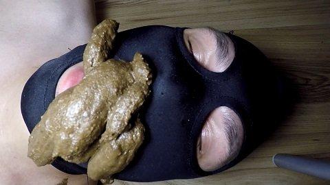 Shit While I Eat (ScatShop.com) Elena Toilet