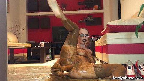 Josslyn Kane – BIG Diarrhea incident-smearing, sucking and anal