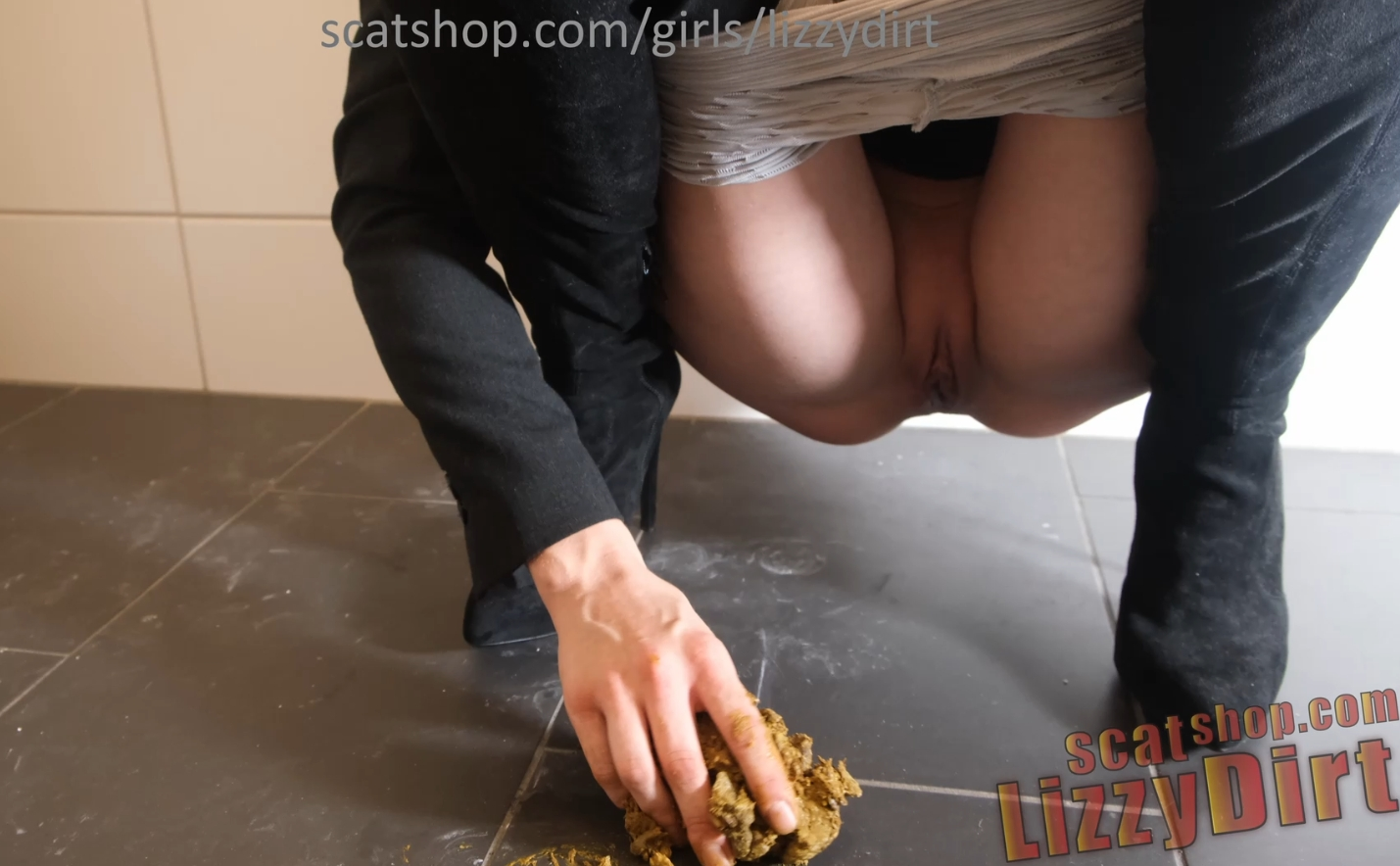 Thick turd out of my perfect asshole (PREMIUM REQUEST BY user Tommy – 4k EXTREME SCAT) by LizzyDirt from 15.09.2021