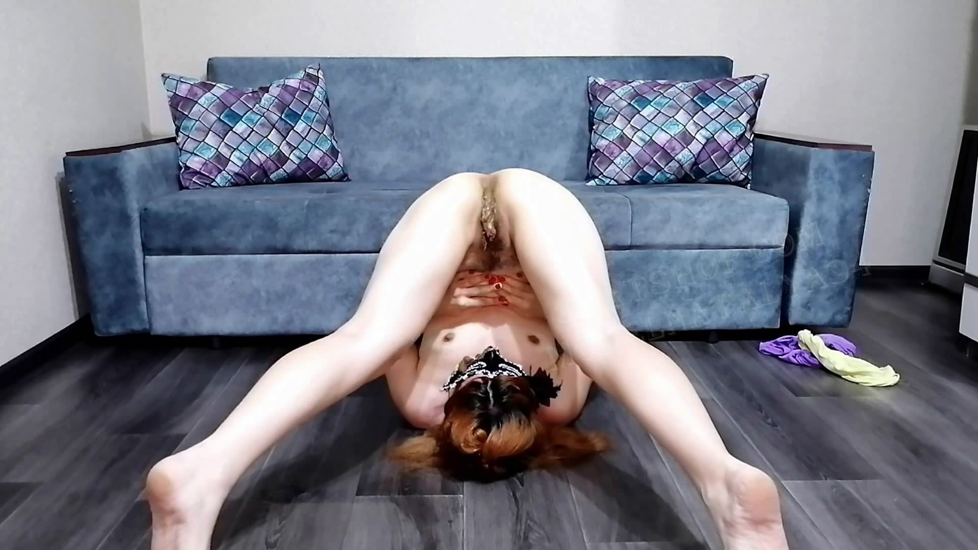 Olga's naked body is all in shit starring in video ModelNatalya94 ($14.99 ScatShop) – Smearing