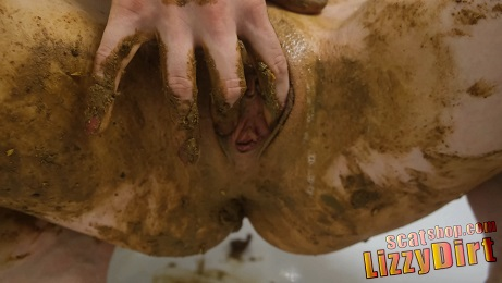 LizzyDirt – Shitpress Close Up in 4k UHD Premium Users Only