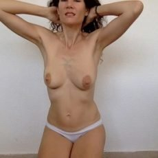 Nasty Marianne - Pooping in my new white panty (14.07.2019)