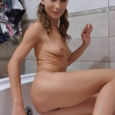 [2019] AnalDirtyQueen - Cleaning my ass [1,95 Gb / FHD] JULY 17 Premium Only