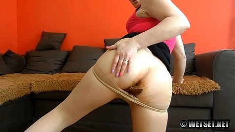 Sophies - Pantyhose Poop - Picture 3
